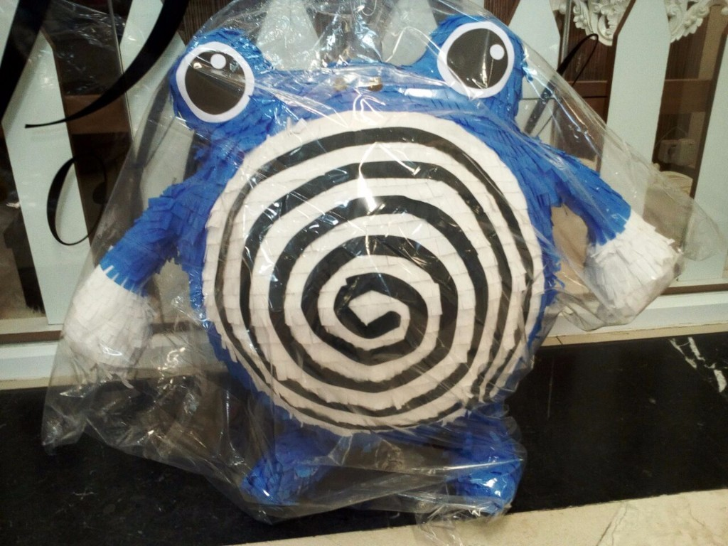 Pinata Pokemon Poliwhirl Custom