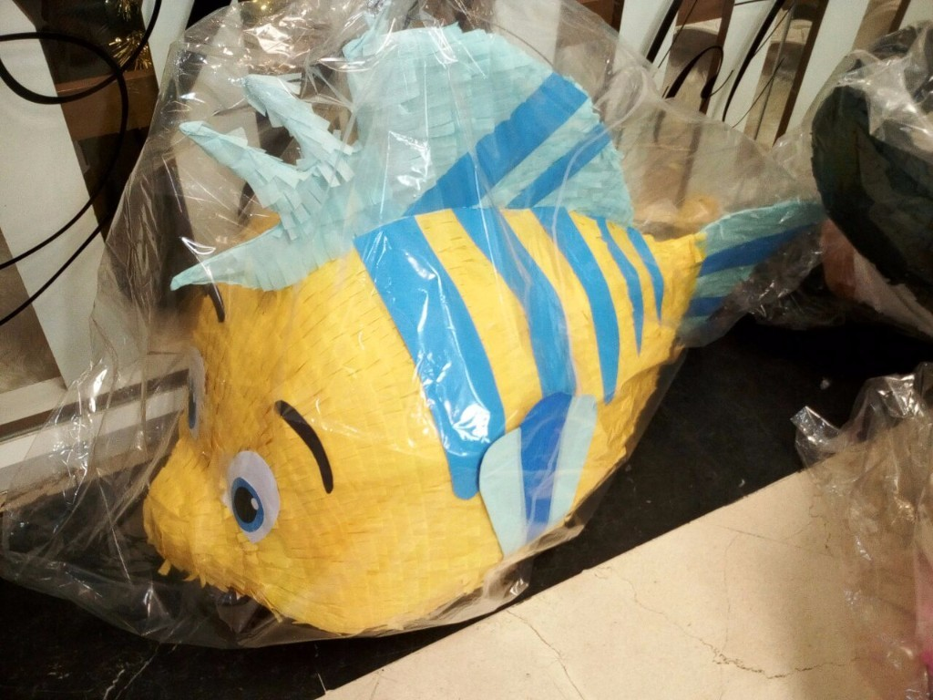 Pinata Ikan Nemo Friend custom